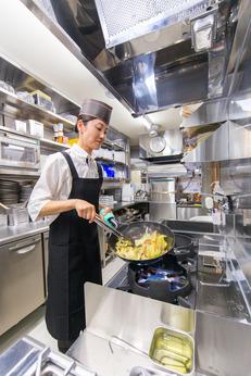 【積極採用中】「やよい軒」で調理・キッチンスタッフ大募集!週2日、1日2h~のシフト自己申告制です